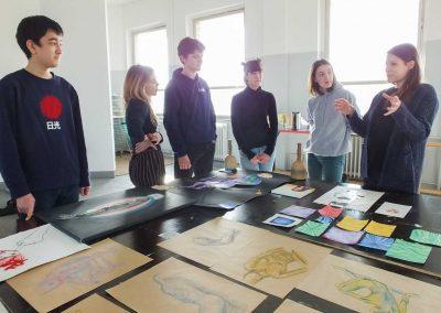 Atelier 1318, Besprechung mit Lena